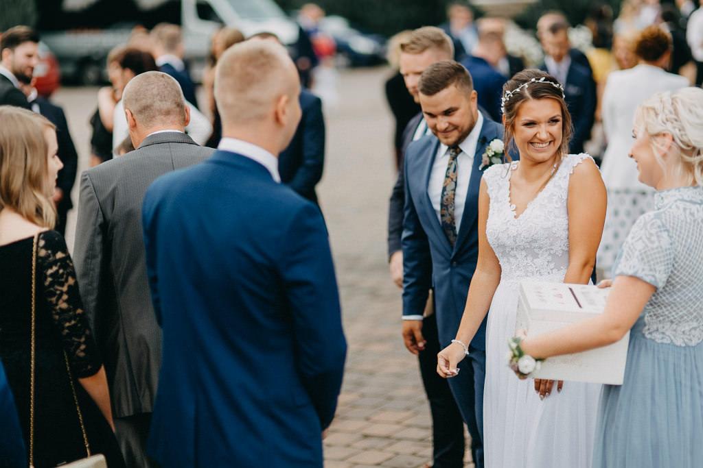 Paula & Przemek | Dwór Sulejów plenerowe zdjęcia ślubne | Reportaż 56