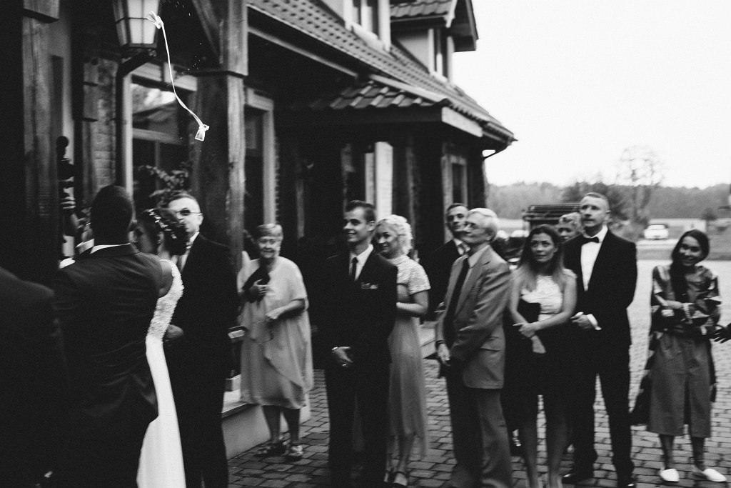 Paula & Przemek | Dwór Sulejów plenerowe zdjęcia ślubne | Reportaż 62