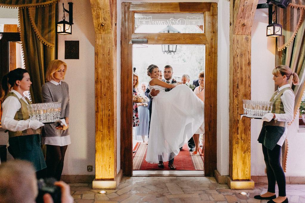 Paula & Przemek | Dwór Sulejów plenerowe zdjęcia ślubne | Reportaż 63