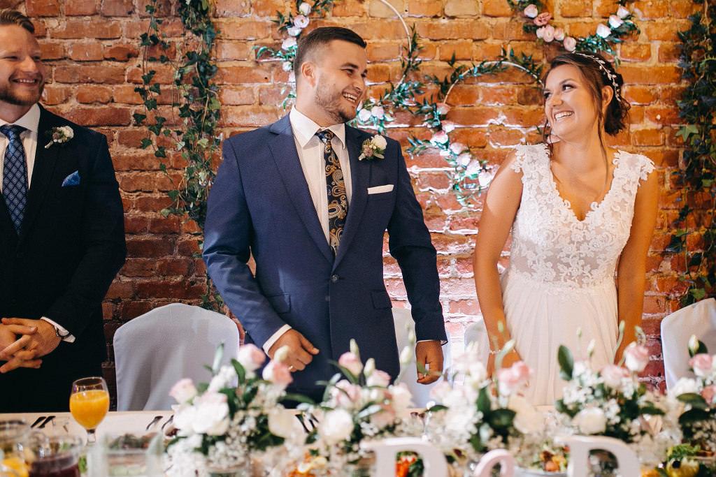 Paula & Przemek | Dwór Sulejów plenerowe zdjęcia ślubne | Reportaż 65