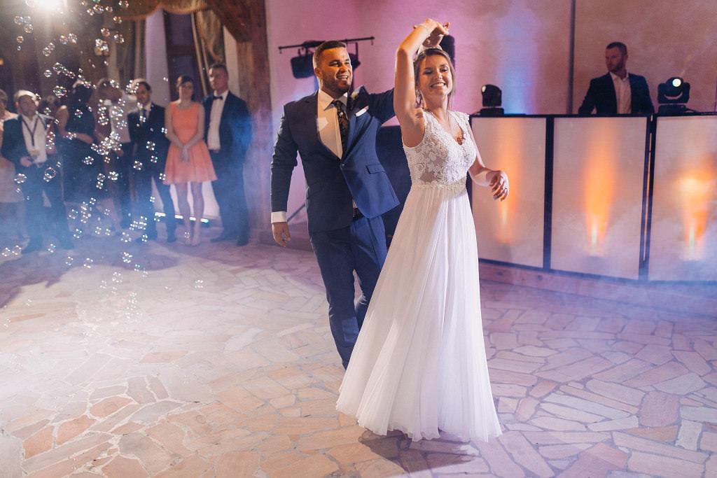 Paula & Przemek | Dwór Sulejów plenerowe zdjęcia ślubne | Reportaż 67
