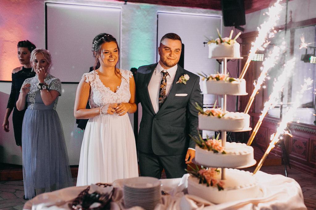 Paula & Przemek | Dwór Sulejów plenerowe zdjęcia ślubne | Reportaż 78