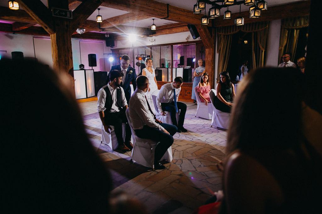 Paula & Przemek | Dwór Sulejów plenerowe zdjęcia ślubne | Reportaż 101