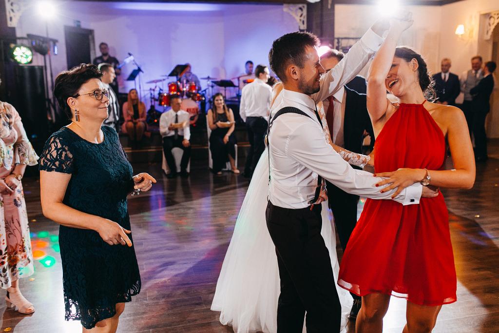 Marta & Kamil | Sala Weselna Rybaczówka | Reportaż ślubny Otwock 115