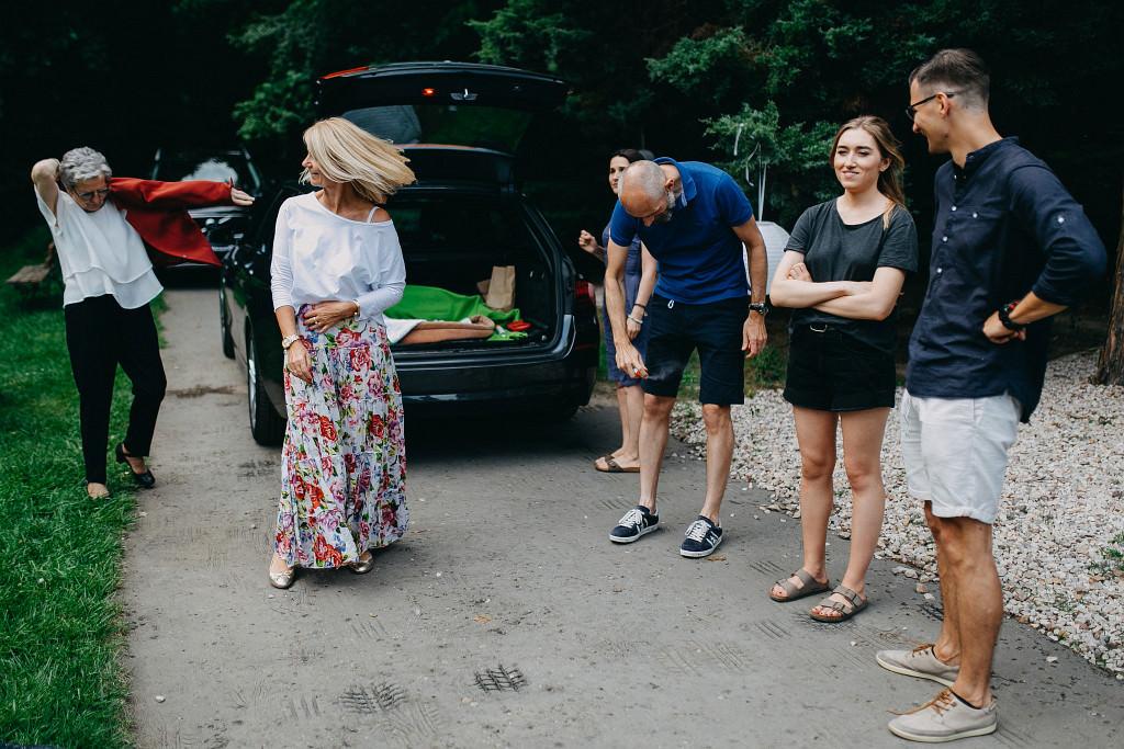 Kamila & Wojtek | Pomiechówek Zacisze Anna Korcz | Zdjęcia ślubne | Ślub plenerowy 12
