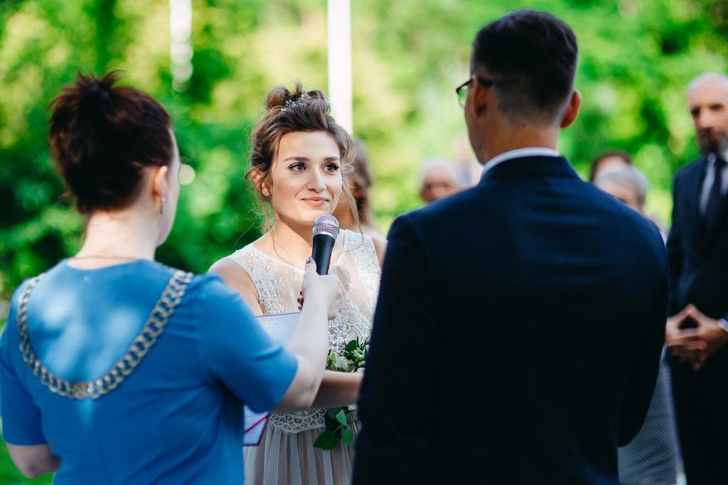 Kamila & Wojtek | Pomiechówek Zacisze Anna Korcz | Zdjęcia ślubne | Ślub plenerowy 41